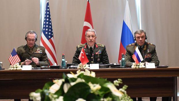 Orgeneral Akar, ABD ve Rusya genelkurmay başkanları ile toplandı