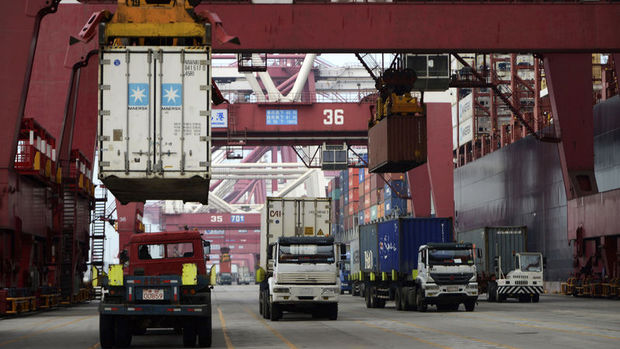 Çin'de ithalat 2 yılın en hızlı artışını yaptı