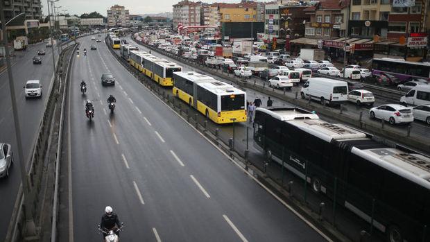 İETT: Metrobüsler artık durmayacak