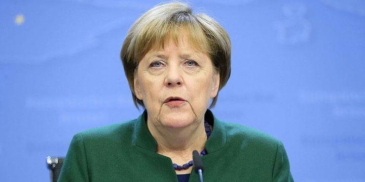 Merkel Nazi benzetmelerinin şartsız sonlandırılmasını istedi