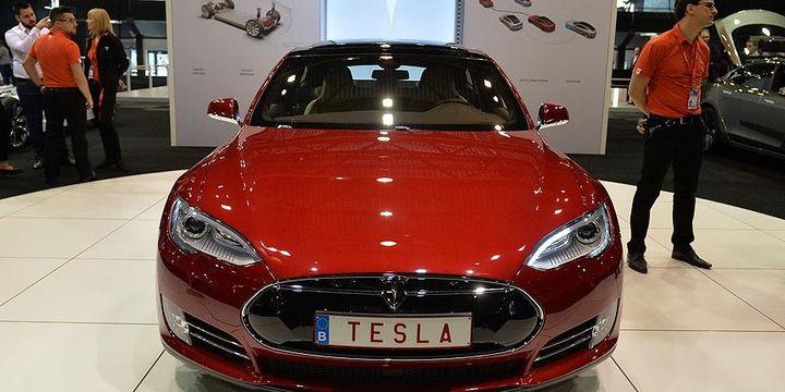 Tesla, ABD