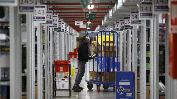 Avrupa'da sanayinin çarkı şubatta yavaşladı