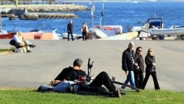 İstanbul'da sıcaklık 20 dereceyi aşacak