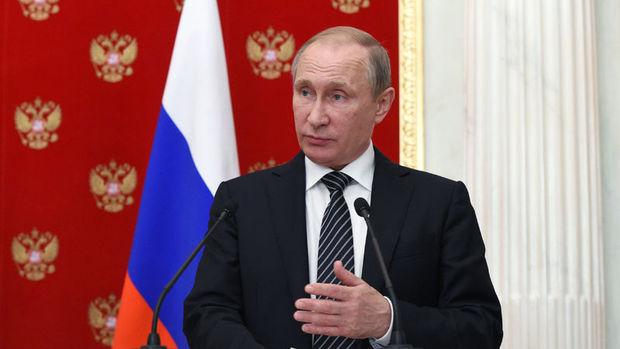 Putin: ABD'nin, Şam'ın güneyini vuracağına dair istihbarat aldık