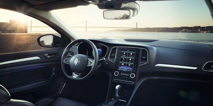 """Yılın otomobili """"Renault Megane Sedan"""" seçildi"""