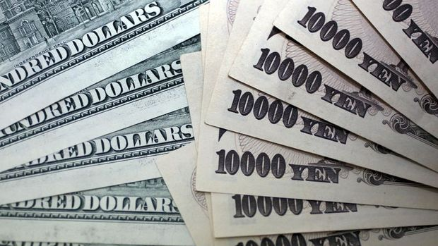 Dolar yen karşısında jeopolitik gerginlikle düştü