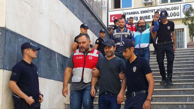 Şarkıcı Atilla Taş ve 11 gazeteci darbeye teşebbüsten tutuklandı