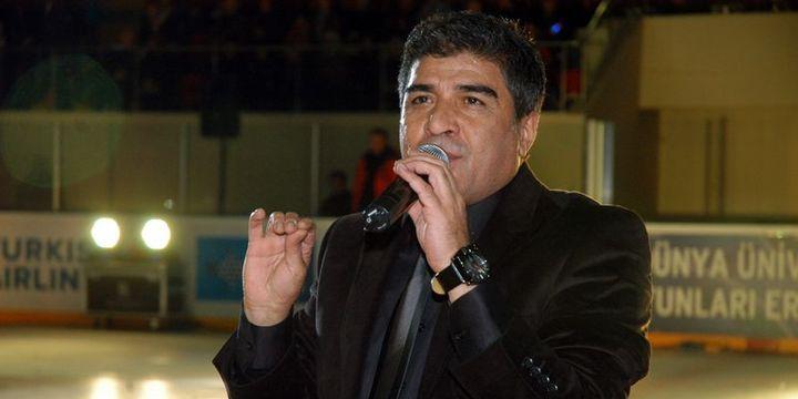 Şarkıcı İbrahim Erkal