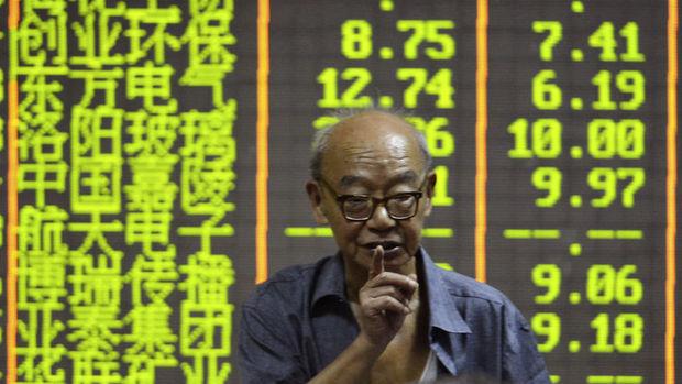 Çin hisseleri 2 ayın düşüğüne yaklaştı