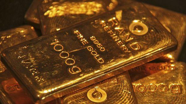Altın düşüşün ardından kayıplarını korudu
