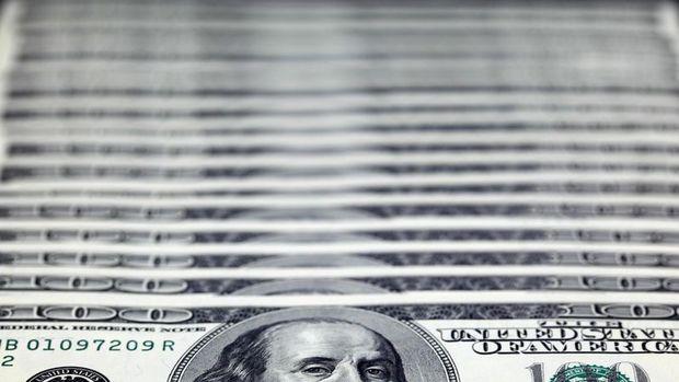 Dolar/TL'de düşüş %1'i geçti