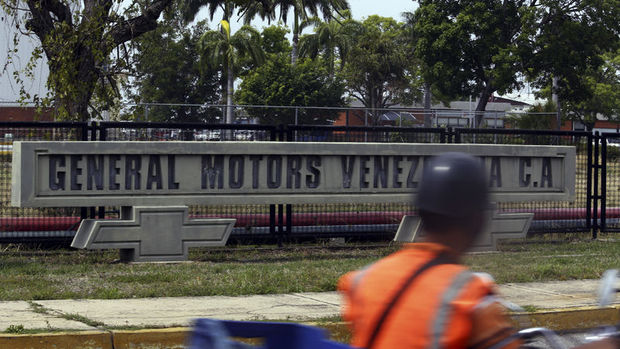 General Motors, Venezuela'daki tüm işletmelerini durdurdu