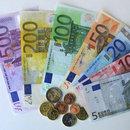 EURO FRANSA CUMHURBAŞKANLIĞI SEÇİMİ ARDINDAN 5 AYIN ZİRVESİNİ GÖRDÜ