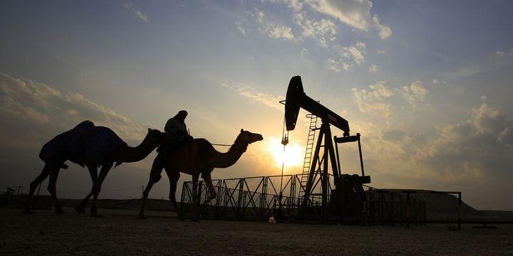 OPEC bakanları anlaşmanın uzatılması için Rusya ile görüşecek