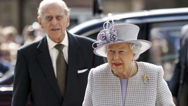 İngiliz Kraliyet ailesinden acil toplantı