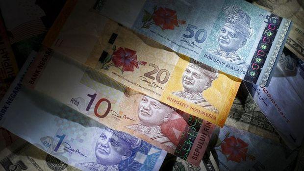 Çoğu gelişen piyasa para birimi emtialarla düştü