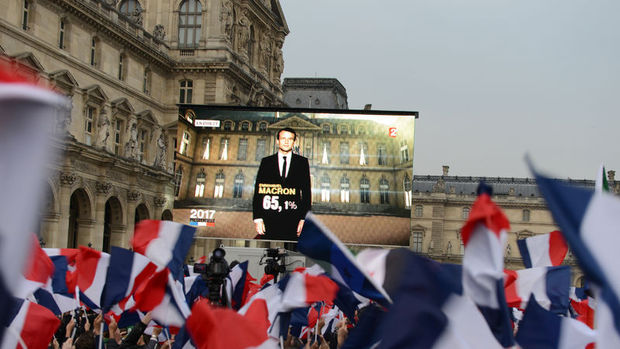Macron'un seçim zaferi kesinleşti