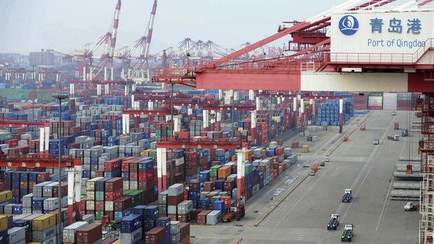 Çin'de ihracat küresel talep ile gücünü korudu