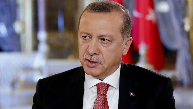Cumhurbaşkanı Erdoğan'dan Macron'a tebrik