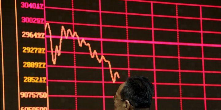 """Çin hisselerinde sert düşüşler """"yayılma"""" endişelerini getiriyor"""