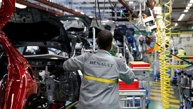 Renault grubu Fransa'daki üretimi durdurdu