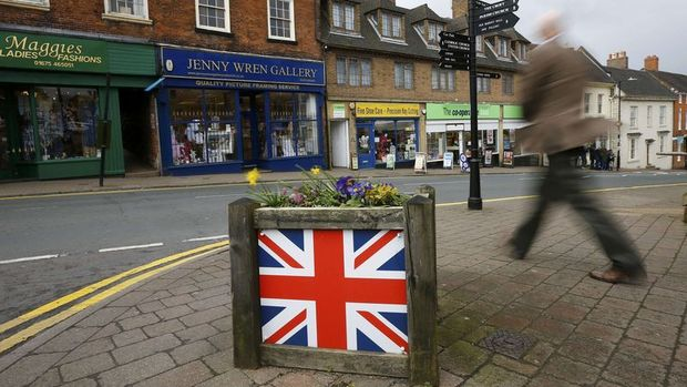 İngiltere'de enflasyon Nisan'da yükselişini sürdürdü