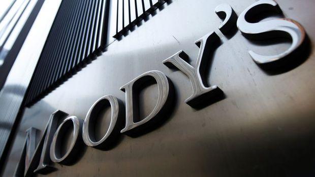 Moody's: Siyaset işletmeleri ve tüketicileri etkileyecek