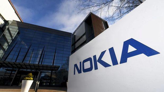 Avrupa Parlamentosu'ndan işsiz kalan Nokia çalışanlarına destek