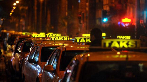 İstanbul'da tüm taksiler havalimanlarından müşteri alabilecek