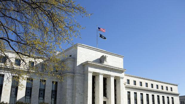 Fed faiz artırımına hazırlanırken enflasyon hedeften uzaklaşıyor