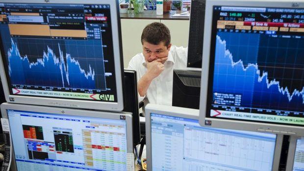 Küresel Piyasalar: Küresel hisseler yükselirken, petrol denge buldu