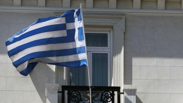 Yunanistan 1. çeyrekte sürpriz bir şekilde resesyona girmedi