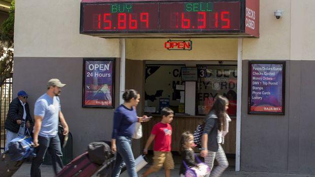 Meksika pesosu yaklaşık 7 ayın en yüksek seviyesine çıktı