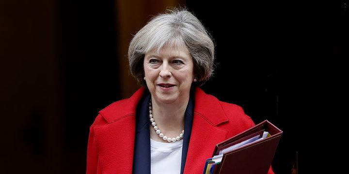 May Brexit ile elde edilecek parayla yatırım yapmayı vaat etti