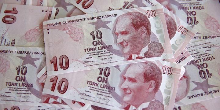 """Dolar/TL """"Katar"""" haberi ile 3.56"""