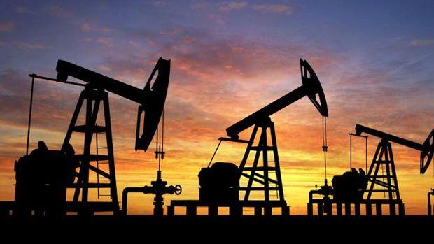 ABD'de ham petrol stokları sürpriz bir şekilde arttı