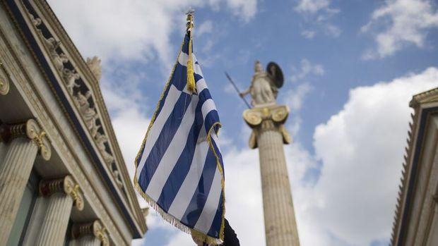 Yunanistan kreditörlerle anlaştı