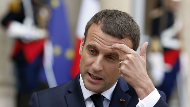 Fransa'da Macron Ulusal Meclis'te tarihi çoğunluğu sağladı