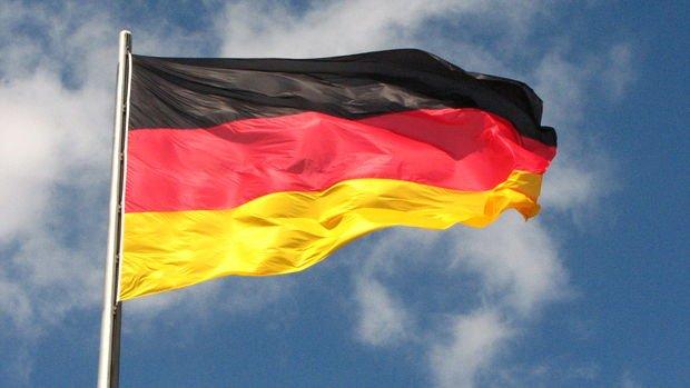 Almanya'da hizmet PMI'sı Haziran'da 5 ayın en yavaş artışını kaydetti
