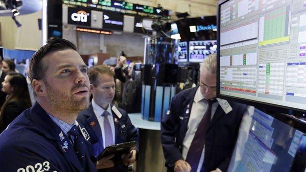 Küresel Piyasalar: Dolar geriledi, sterlin ve euro değer kazandı