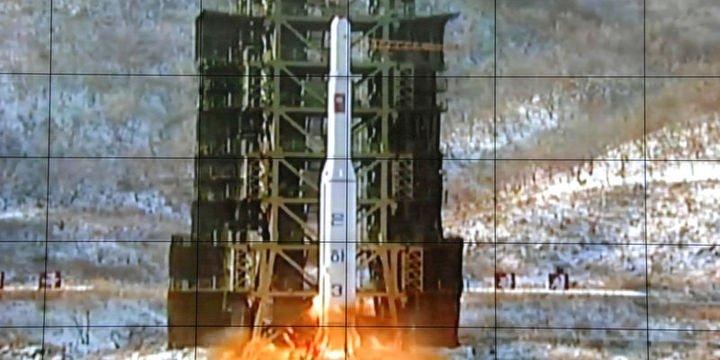 K. Kore orta menzilli bir balistik füze denemesi yaptı