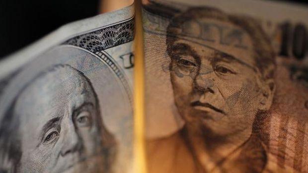 Dolar/yen ABD - Japonya tahvil spreadinin azalmasıyla düştü