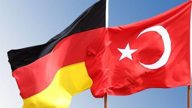 Deutsche Bank Türkiye-Almanya arasındaki gerginlikten etkileniyor