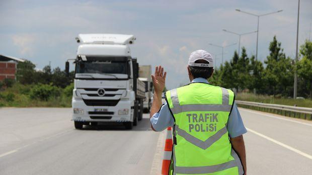 1.2 milyon alkollü sürücünün ehliyetine el kondu