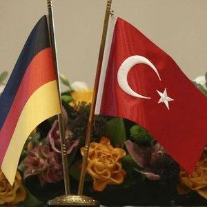 ALMANYA'DAN ŞİMDİ DE 'GÜMRÜK BİRLİĞİ' ÇIKIŞI!