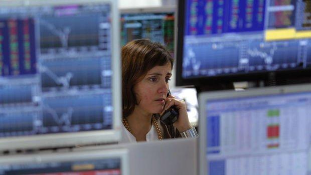 Küresel Piyasalar: Hisseler karışık seyretti, eurodaki ralli sona erdi, petrol yükseldi