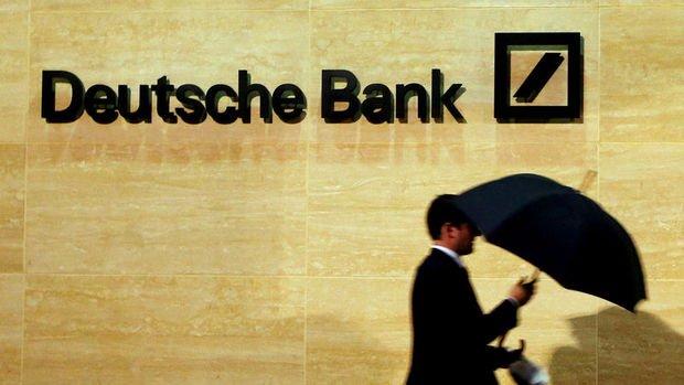 Deutsche Bank İngiltere'den Frankfurt'a 350 milyar dolarlık varlık taşıyacak