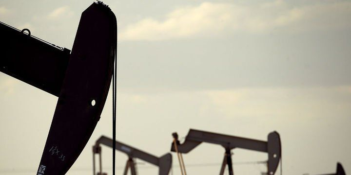 """""""Brent petrol Eylül başından itibaren 40 doların altına inebilir"""""""
