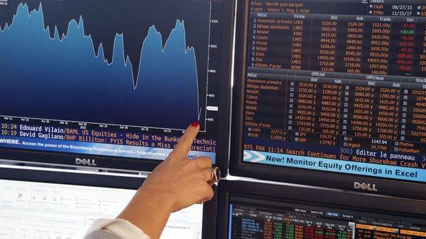 Küresel Piyasalar: Dolar ralli yaptı, hisseler karışık seyretti, petrol yükseldi