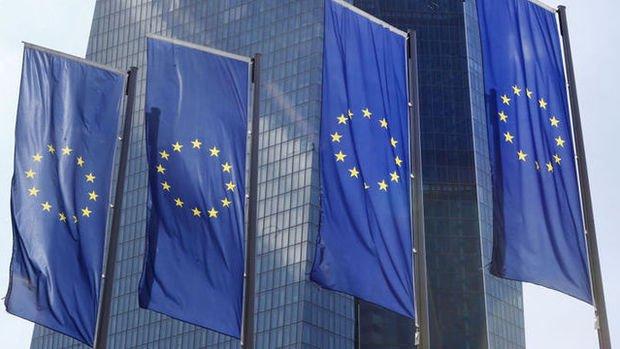 Euro bölgesi imalat PMI Temmuz'da 6 yılın zirvesinden geriledi